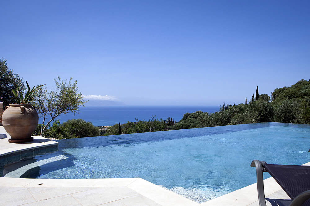 Villa Asteri infinity pool view